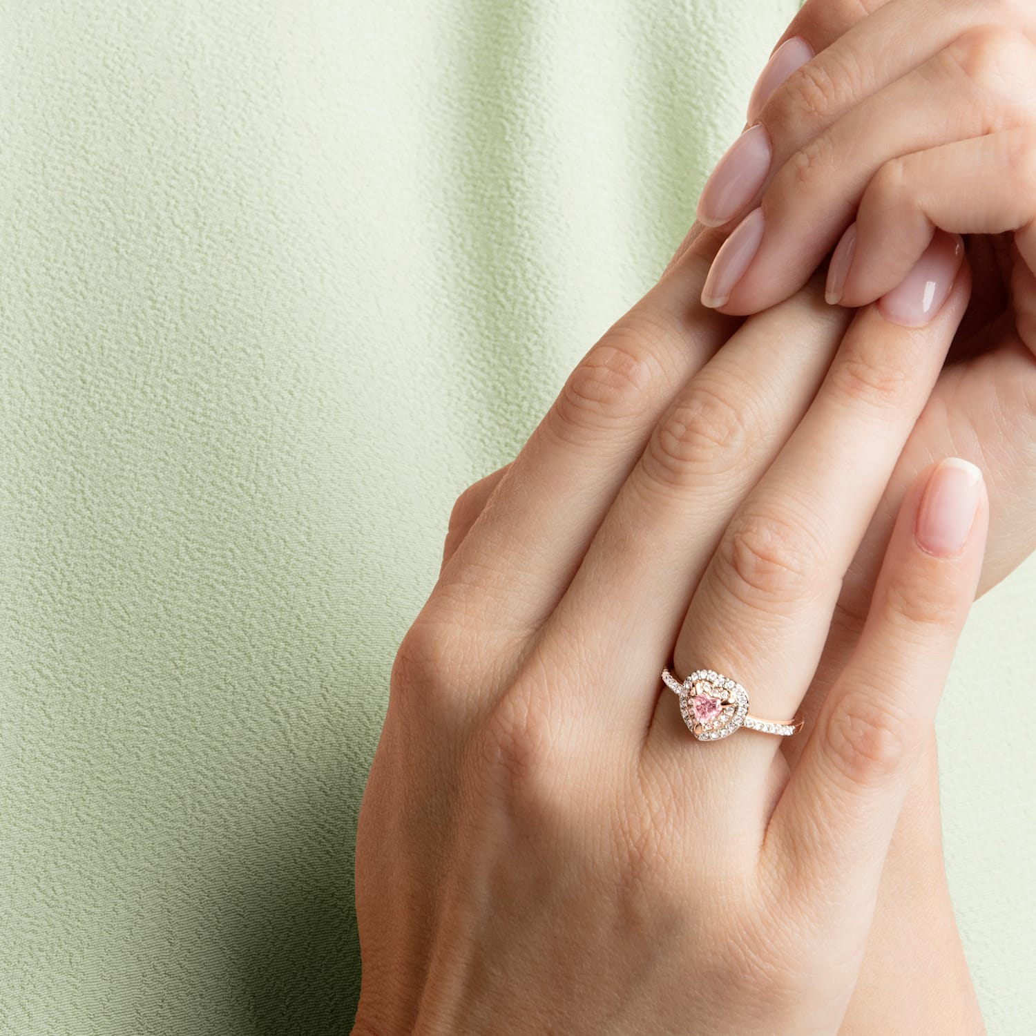 One Ring, Multi-colored, Rose-gold tone