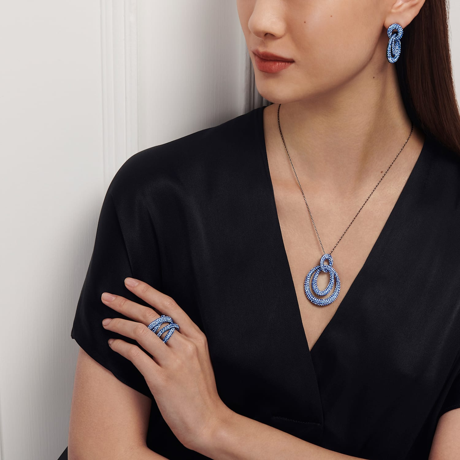 Tigris Wide Ring, Blue, Ruthenium plated