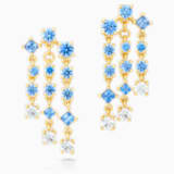 Penélope Cruz Icons of Film Chandelier Pierced Earrings, Blue, Gold-tone plated - Swarovski, 5570803