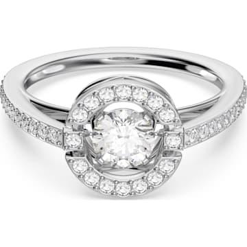 2b8c97dfb3a8c Crystal Rings » Stunning Sparkling Rings | Swarovski.com