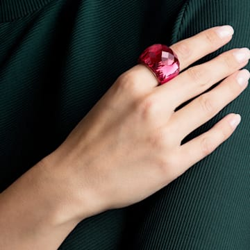 Pierścionek Nirvana Swarovski, czerwony, powłoka PVD w odcieniu różowego złota - Swarovski, 5474377