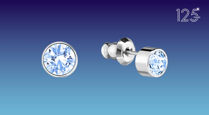 RECEIVE A PAIR OF SPARKLING EARRINGS